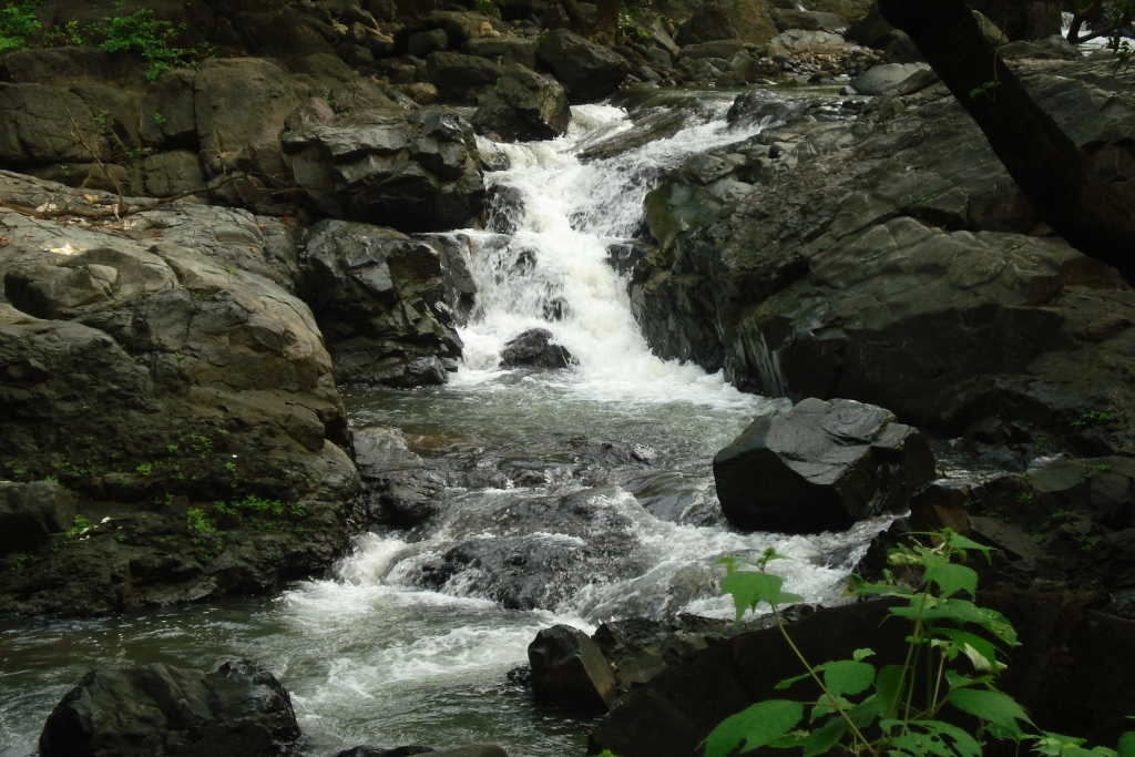 Tungareshwar Waterfall