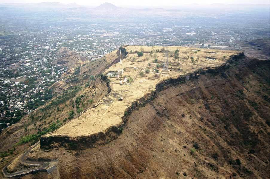 ajinkyatara-fort