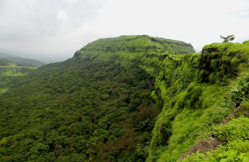 lohagad-killa-photo