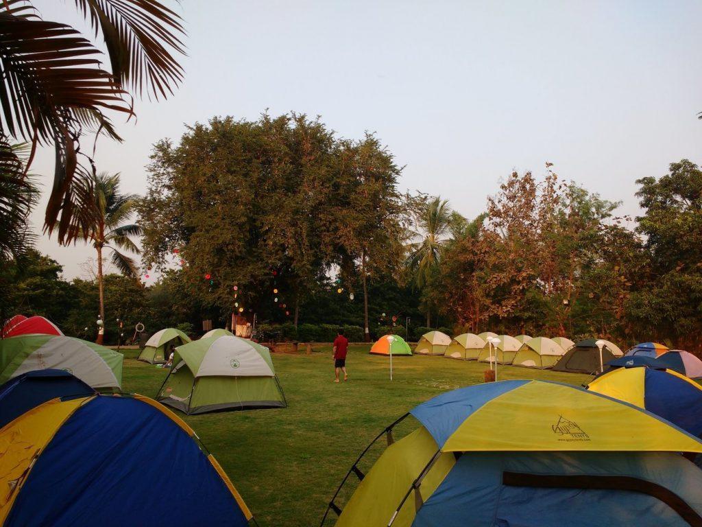 dahanu camping