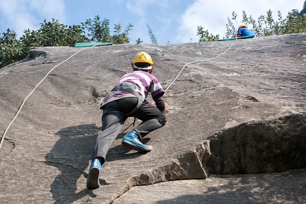 Basic-Mountaineering-Course-Rock-Climb